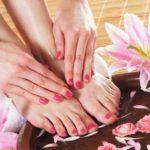 طرق طبيعية للتخلص من رائحة القدمين