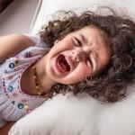 نوبات الغضب عند الأطفال الصغار: لماذا يحدث ونصائح للتعامل معها